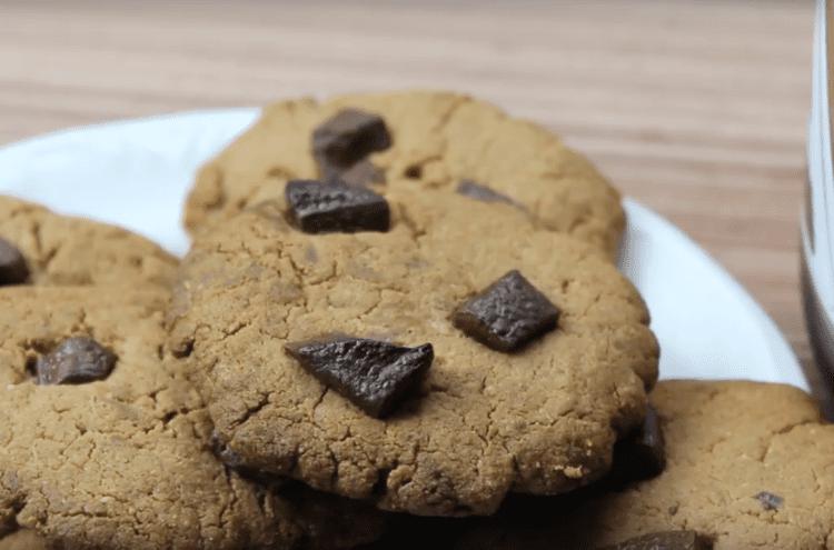 Cookie Fit com Gotas de Chocolate